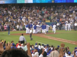 Dodgers walk off home run